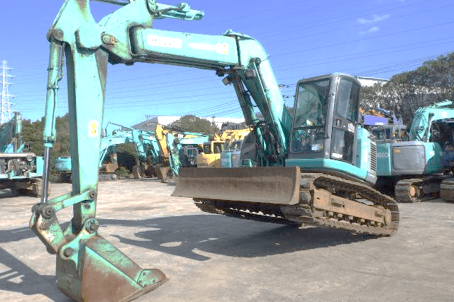 Kobelco SK130UR-1ES Used Excavator