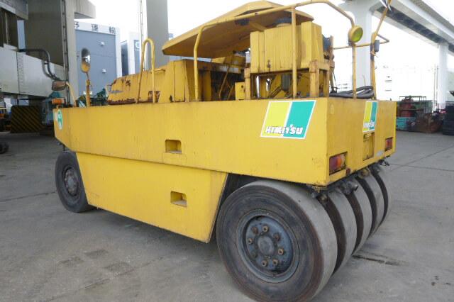 Sakai TS200 Used Pneumatic Tire Roller (9 Wheel)